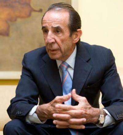 Jerónimo Arango (cuatro mil 200 millones de dólares).