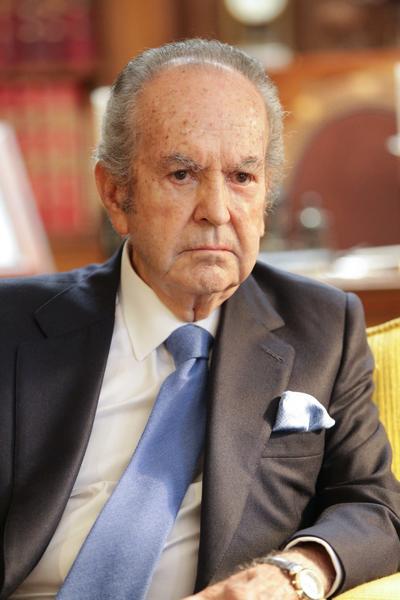 Alberto Bailleres González (10 mil 800 millones).