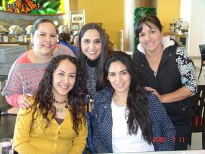 21032017 Coco Rincón, Blanca Castillo, Michell Quiroz, Angelina Montenegro y Marcela Álvarez.