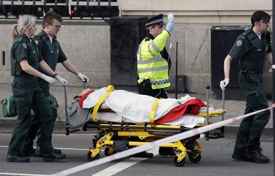 Al menos una persona se ha reportado como fallecida tras los ataques en el corazón de Londres.
