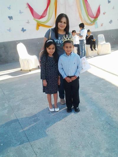 23032017 Diana, Camila y Paquito.