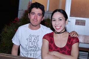 23032017 EN PRESENTACIóN DE LIBRO.  Oswaldo y Tamara.