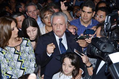 Asevero Zermeño Infante, que las encuestas los tienen arriba y no tiene la menor duda de que van a ganar.