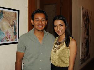 25032017 Manuel Licerio y Karen Montelongo.