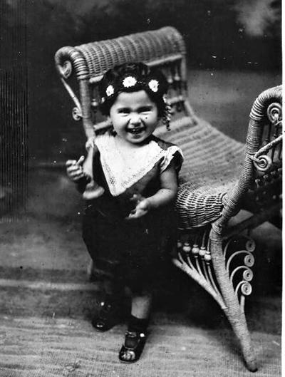 26032017 Victoria Chapa de Arratia, a los 2 años de edad, en 1929.
