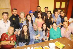 26032017 LA FOTO DEL RECUERDO.  Presentación de la obra de teatro La culebra, función número 33, a cargo del director, Gerardo Moscoso, del Teatro Salvador Novo.