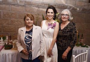 26032017 POR CASARSE.  María Julia Elías Lozano en su despedida de soltera.