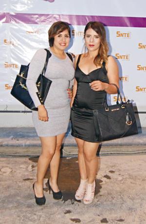 26032017 DíA INTERNACIONAL DE LA MUJER.  Susana y Karime.