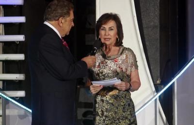Iris Fontbona, matriarca del clan Luksic, con 13 mil 694 millones, ostenta el noveno sitio.