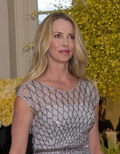 Laurene Powell Jobs, viuda de Steve Jobs, con 19 mil 988 millones, está en el sexto puesto.