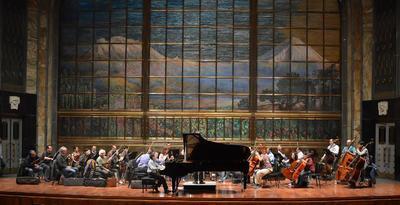El sábado 25 y el domingo 26 de marzo, Sergio Vargas Escoruela interpretó como solista de la Orquesta Sinfónica de Bellas Artes. Ante una sala llena, interpretó el Concierto para piano número 8 en do mayor, de Mozart.