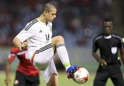 Javier Hernández tendrá que esperar para quedar en solitario como máximo anotador de la Selección.