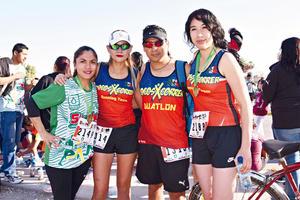 29032017 CORREDORES.  Lidia, Wendy, Hugo y Judith.