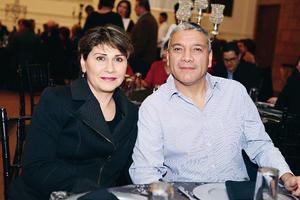30032017 EN RECIENTE EVENTO.  Carmen y Hassan.