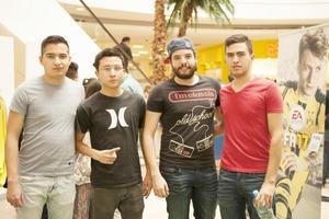 31032017 Cristian, Giovanni, Jorge y Luis.