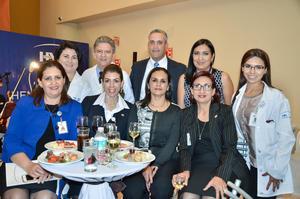 Ana Luisa , David, José Luis, Liliana, Mitzy, Mirna, Aurora, Isabel y Haifa