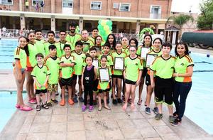 Equipo de Natación Delfines del Club San Isidro