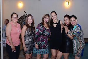 01042017 ENTRE AMIGAS.  Adriana, Liliana, Lorena, Laura, Chiquita y Tany.