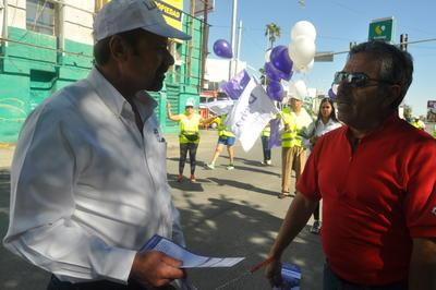 El candidato independiente, dijo que eligió a Torreón para el arranque de su campaña porque aseguró que es una ciudad olvidada en los últimos sexenios.