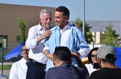 Guillermo Anaya Llamas inició su campaña en la que asegura que el combate a la corrupción y a la impunidad, serán los mensajes principales.