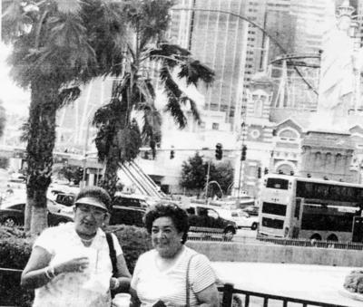 02042017 Hermanas Sifuentes en Las Vegas, Nevada, hace algunas décadas.