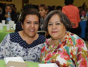 03042017 RECIENTE EVENTO.  Gloria y Conchita González Quintero.