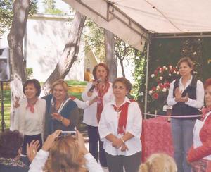 02042017 Organizadoras del Doceavo Festival de la Rosa.