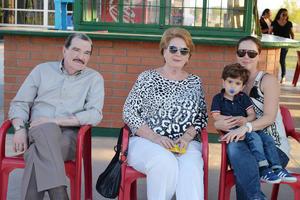 03042017 EN CONVIVENCIA.  Luis, Margarita, Laura y Matías.