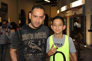 03042017 Carlos y Carlitos.