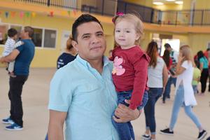 02042017 GRATOS MOMENTOS.  Humberto y Ximena.