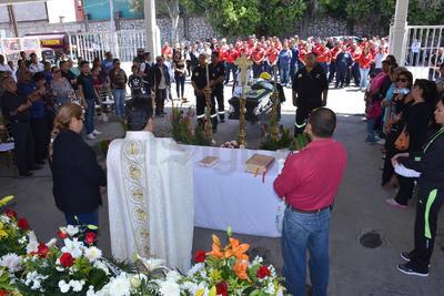 Se realizó la misa de despedida de Gustavo Muñoz, Bombero que murió en un accidente laboral.