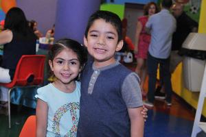 05042017 Andrea y Rocío.