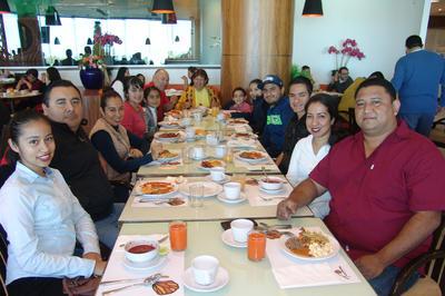 06042017 Familia Serrano Cervantes.