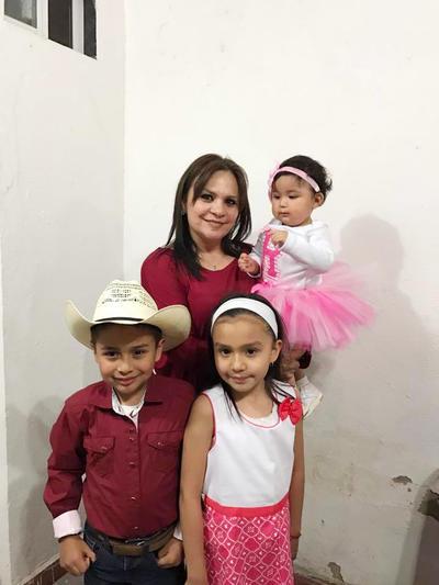 06042017 Diana, Raquel, Paquito y Camila.