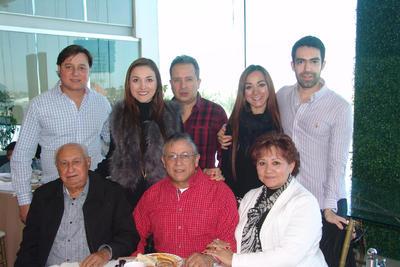 06042017 José, Karla, Leonel, Talía, Antonio, Leonel, José y Yolanda.