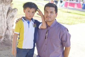 06042017 EN UNA FIESTA.  Raúl y Raúl.