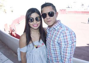 06042017 Karen Botello y Abraham Espinoza.