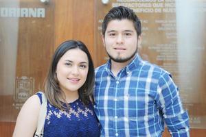 06042017 EN EL TEATRO.  Ana Lucía y José Manuel.