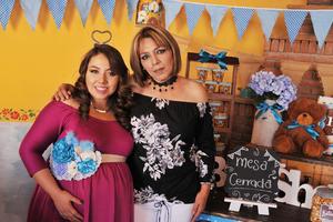 07042017 PRENATAL.  Mónica Treviño y Nora Landeros.