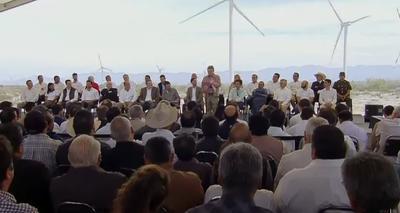 En el evento, también se contó con la participación de Pedro Joaquín Coldwell, secretario de Energía federal.