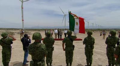 El presidente Enrique Peña Nieto visitó la entidad para el acto.