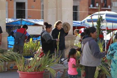 El Sábado Santo será la Vigilia Pascual y Bendición del Fuego Nuevo a las 20:00 horas.