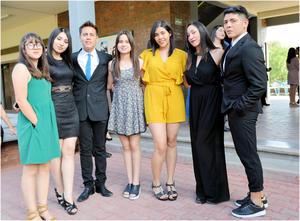 09042017 Lorena Taboada, Gabriela Lara, Alejandro Macías, Daniela Bustamante, Debanhi de la Cruz, Nayeli Solorio y Junior Robles.