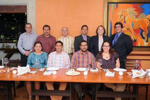 10042017 REUNIóN MENSUAL.  Integrantes de la Sociedad de Gastroenterología del Estado de Coahuila tuvieron como invitada especial a la Dra. Aracely Palafox en su sesión, donde pasaron un rato de lo más ameno.