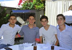 11042017 Rodrigo, Lalo, Bernardo y Diego.