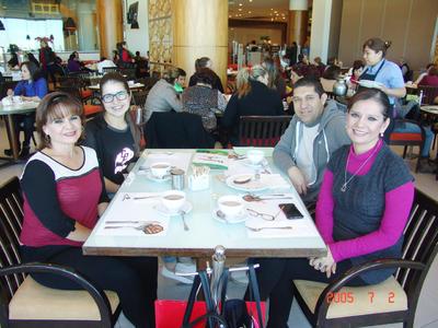 13042017 Mayela, Lorely, Germán e Ivette.