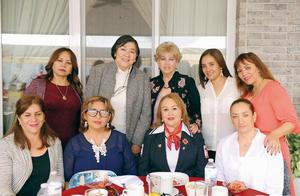 13042017 ENTRE AMIGAS.  Patricia, Yolanda, Rosaura, Magaly, Gaby, Anel, Luly, Alma y Marissa.