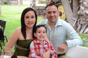 Angélica, Luis Fer y Fernando