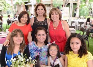 Blanca, Sandy, Valentina, Natalia, Betty, Lily y Martha