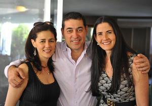 Alejandra, Jorge y Lily